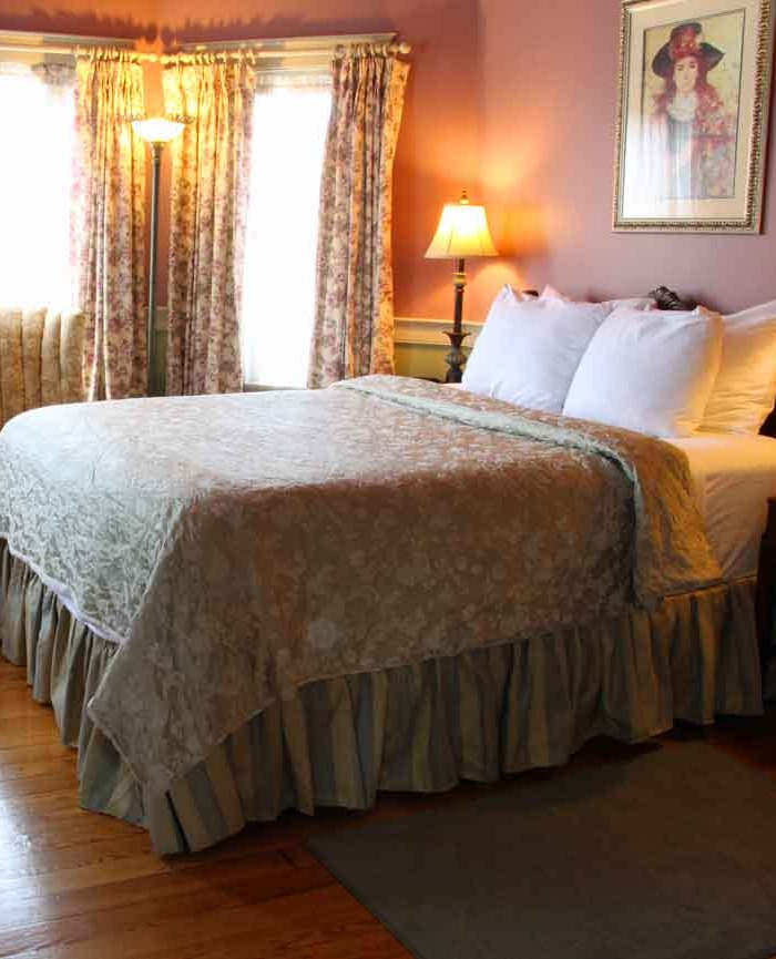 After Eight Bed and Breakfast, Paradise PA - Specials