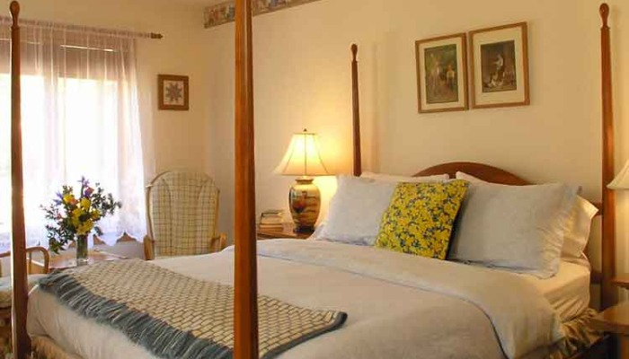 Swiss Woods Bed and Breakfast Inn Lititz - Specials