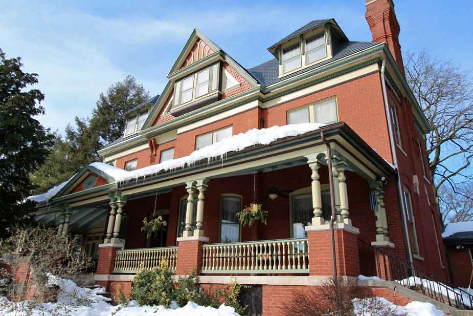 Lancaster PA Bed and Breakfast in Winter | Lancaster County Bed and